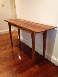 sue-table-1