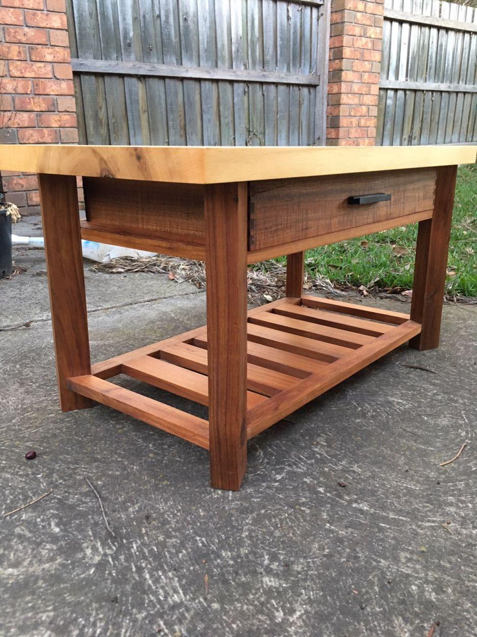 Coffee table by Matt